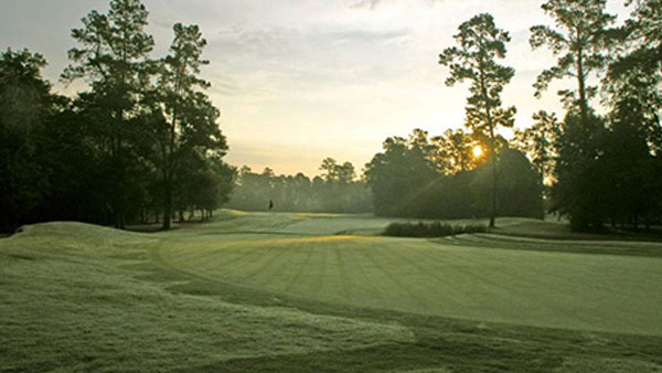 Team at hurricane-ravaged course goes extra mile for its members