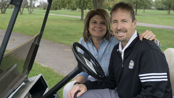 Legally blind golf pro intent on one day teaching turf